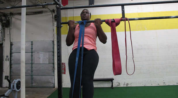 Woman doing pullup